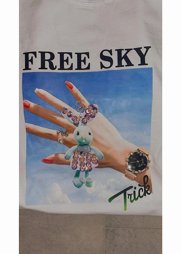 T-SHIRT FREE SKY